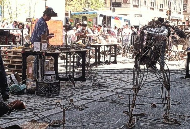 """French welders welding a """"time machine"""""""