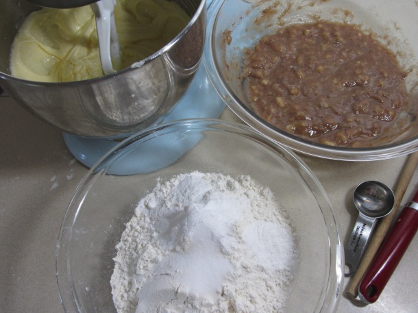 3 separate bowls of ingredients